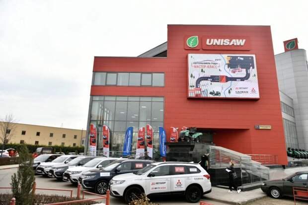 Мастер-класс по вождению «АВТО ГОДА» прошел на автомобилях Mitsubishi Outlander