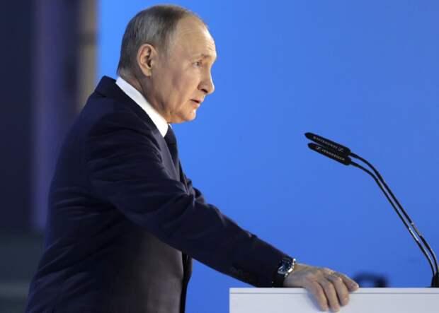 Путин поручил проработать дополнительные меры поддержки бизнеса в России