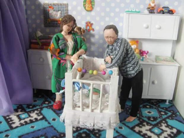 «Игрушки для взрослых»: трогательные кукольные миниатюры Ирины Верхградской