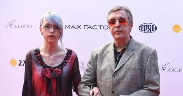 Дочь актера Ефремова: В России люди живут как волки.