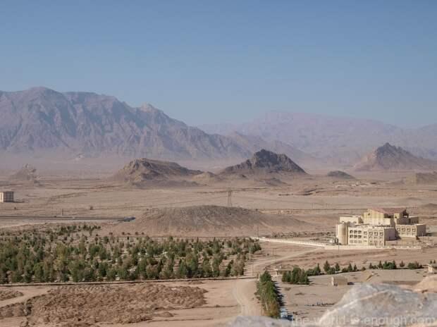 Иран, Язд, Башня молчания