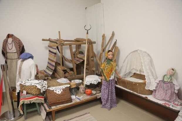 В музее представлены предметы быта и одежды прпошлых веков / Фото: Артур Новосильцев