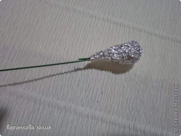здравствуйте дорогие мастерицы.вот решила с вами поделиться тем , как я делаю цветок орхидеи. фото 15