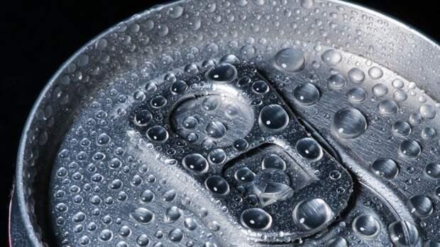 Производители напитков столкнулись с нехваткой алюминиевых банок из-за пандемии