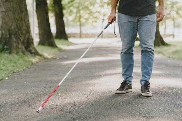 В США собрали умную трость со встроенным GPS для незрячих людей