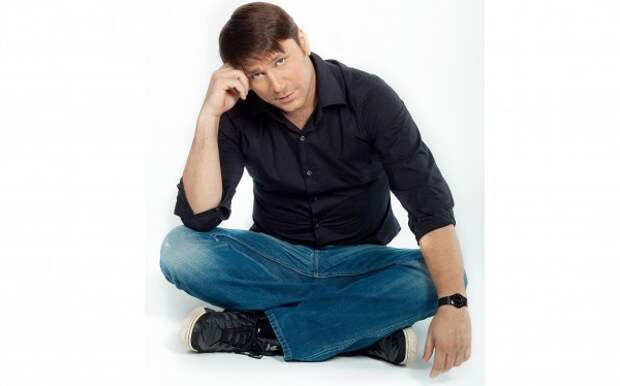Актер ситкома «Счастливы вместе» Виктор Логинов рассказал о семейной трагедии