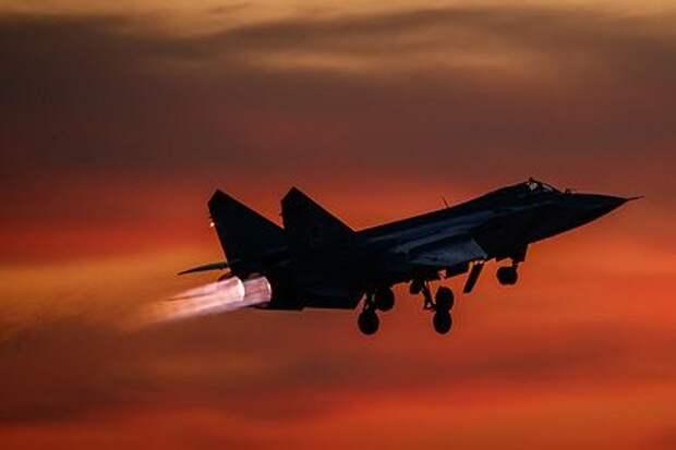 Российский истребитель перехватил над Беринговым морем два бомбардировщика США