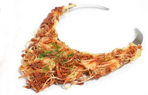 Необычное украшение: ожерелье «Спагетти».