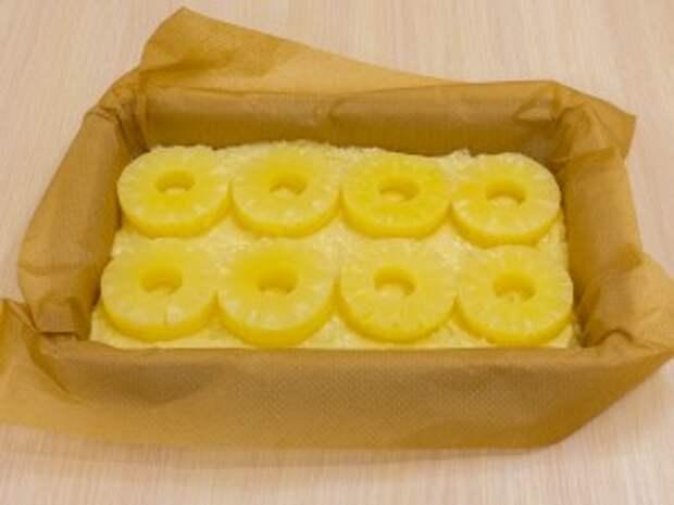 Рецепт: Апельсиново-творожный пирог с ананасами