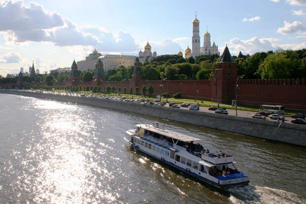 Музеи Московского Кремля назвали дату возобновления работы