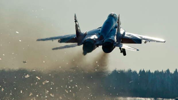 Минобороны Болгарии сообщило о крушении истребителя МиГ-29 в Черном море
