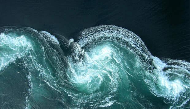 Воронка в бездну: 9 опаснейших водоворотов океана