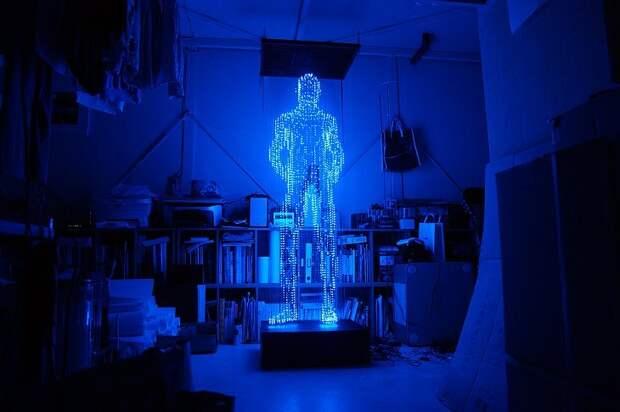 Потрясающие скульптуры из светодиодов