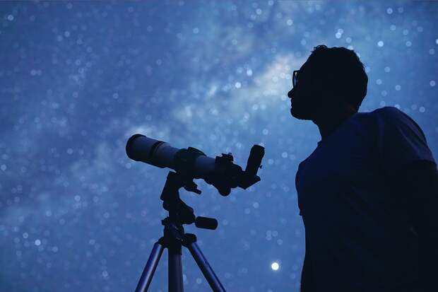 Можно ли самому наблюдать невероятное Нечто? Созвездие Цефея – у самой Полярной звезды, так что в наших широтах оно никогда не заходит.