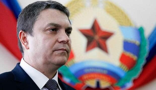 Глава ЛНР призвал Берлин иПариж заставить Киев выполнять Минские соглашения