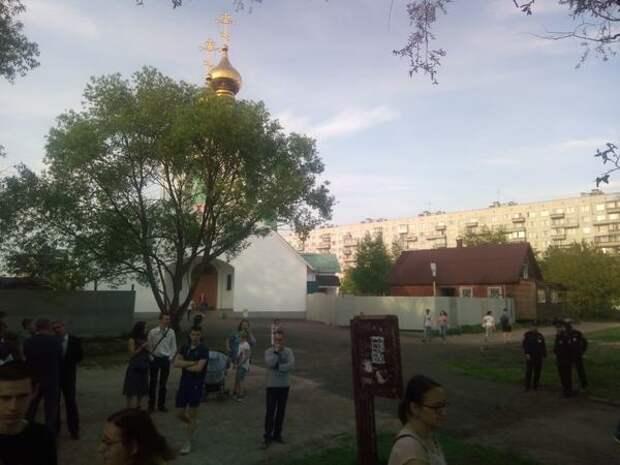 В Екатеринбурге - уголовное дело, в Петербурге - может и референдум