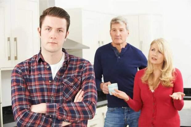 Выгнать сына или мужа?