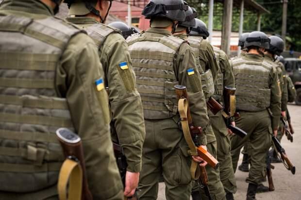Украинские солдаты воруют обменивают краденые боеприпасы на еду