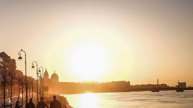 Жителям Петербурга пообещали до +26 градусов 12 мая