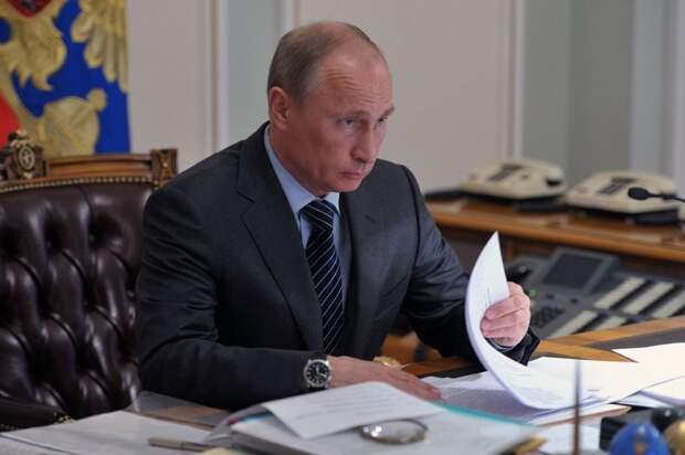 Владимир Путин подписал указ о дополнительных нерабочих днях в мае 2021-го