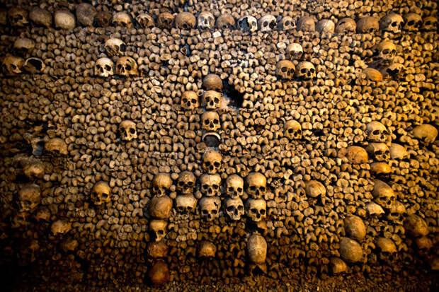 Парижские катакомбы - место упокоения почти 6 миллионов человек история, катакомбы, кости, париж, череп