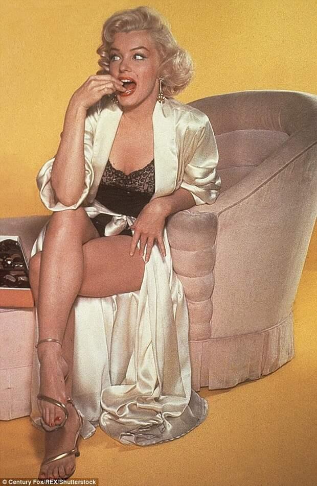 Мэрилин Монро: сырые яйца в молоке на завтрак и мороженое вечером диета, еда, знаменитости