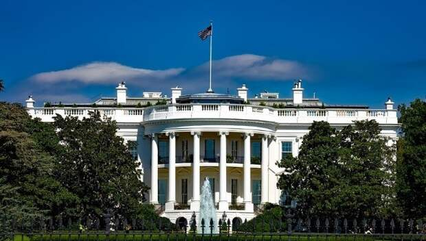 Американский аналитик призвал Вашингтон снять санкции с Сирии