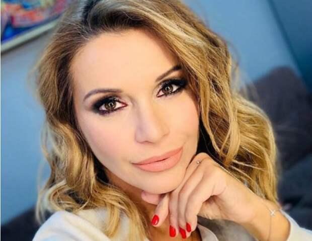 «Я старею и не стесняюсь ни возраста, ни морщин»: Ольга Орлова обиделась на телевизионщиков