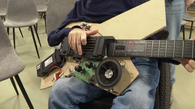 Гитара будущего: студенты ИТМО создали музыкальный инструмент, производящий тысячи звуков