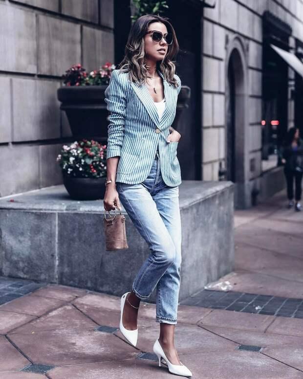 17 лучших способов носить джинсы в офис, чтобы выглядеть неотразимо