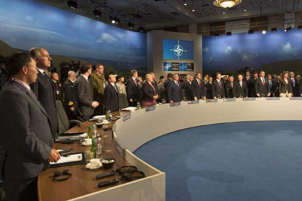 Украину решили не приглашать на саммит НАТО
