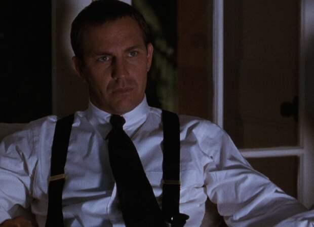 Кадр из кинофильма «Телохранитель» (1992 год).