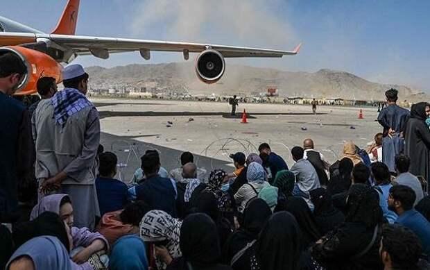 Зачем и для кого взорвали аэропорт Кабула?