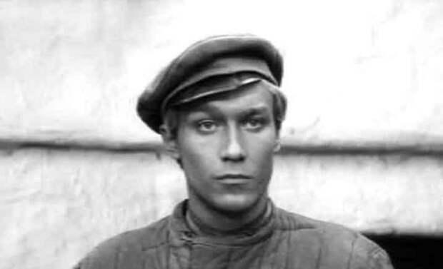 12 Янковский Олег