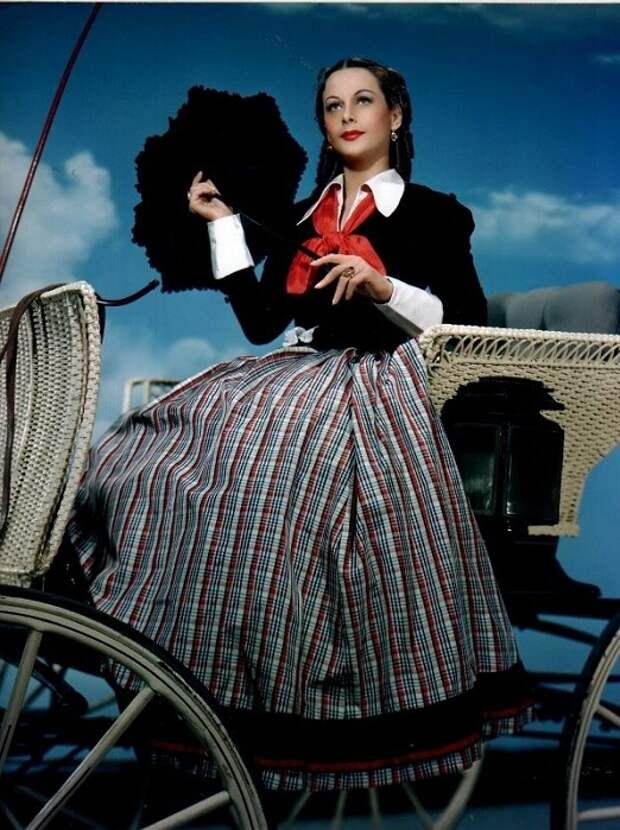 Хеди Ламарр - обворожительная актриса Голливуда и изобретательница Wi-Fi