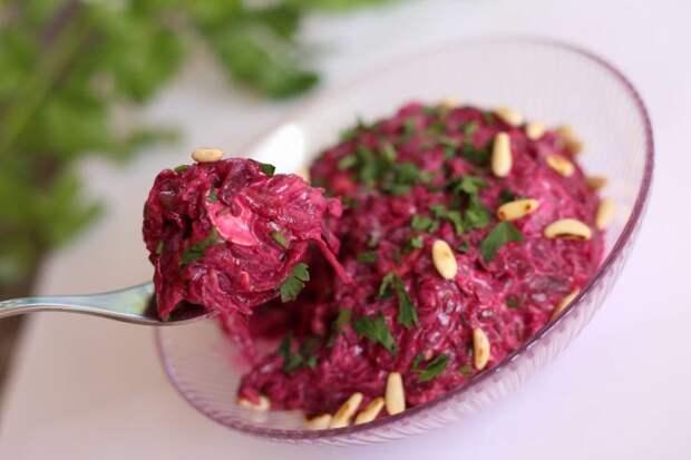 салат хрумка из свеклы
