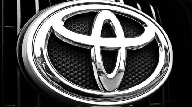 Необычную вариацию Toyota Camry обнаружили в одном из городов России