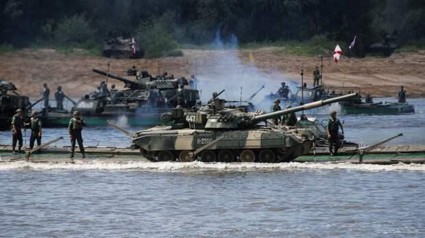 Stern недоумевает, зачем Путину так много танков