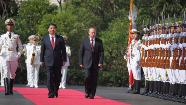 Официальный визит В.Путина в Китайскую Народную Республику. Архивное фото
