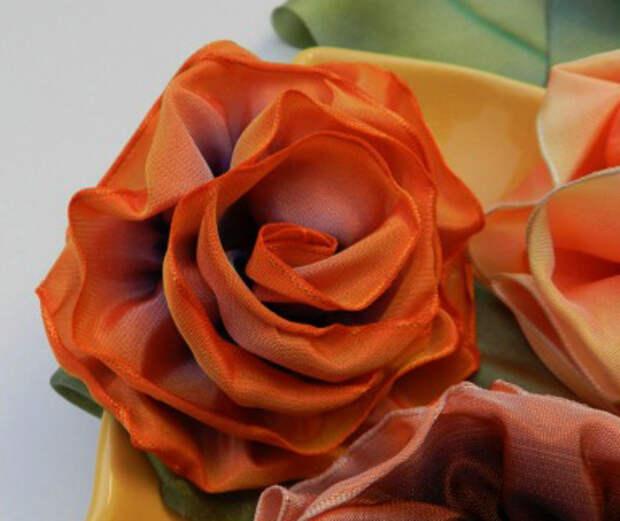 Роза из ленты c проволочными краями