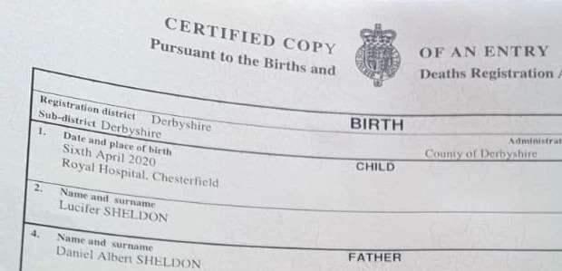 Пара из Англии назвала своего сына Люцифером