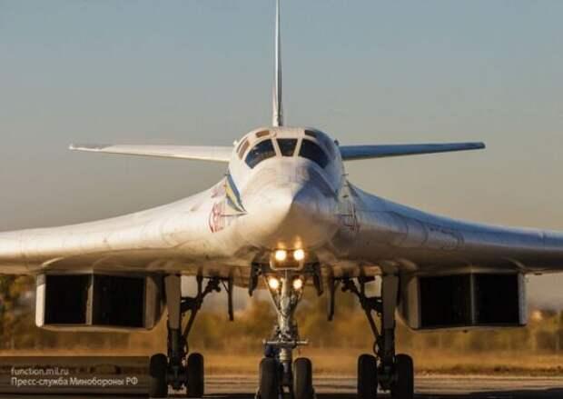 Ту-160 ВКС РФ могут ударить по Лондону в ответ на угрозу ВВС США