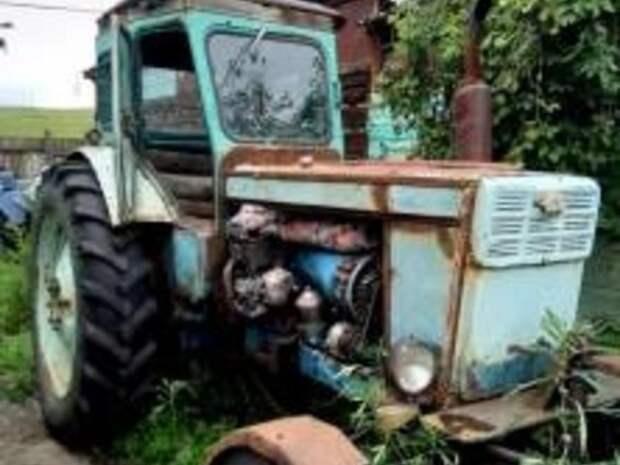 Приставы передали трактор жителя села Казаново бывшей жене за неуплату алиментов