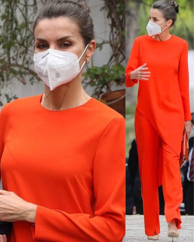 Оранжевая длинная туника с брюками Zara — королева Летиция знает, как стать центром внимания