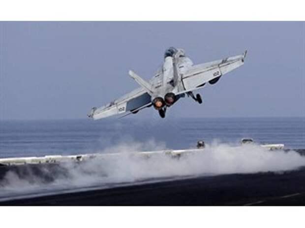 США выводят авианосец из Персидского залива. Деэскалация или спасение лица?
