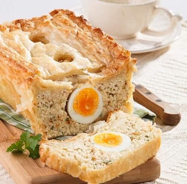 «Хлеб» из курицы с необычной начинкой: удивите своих домашних!