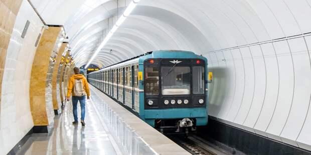 На станции метро «Бабушкинская» произошел сбой в движении поездов