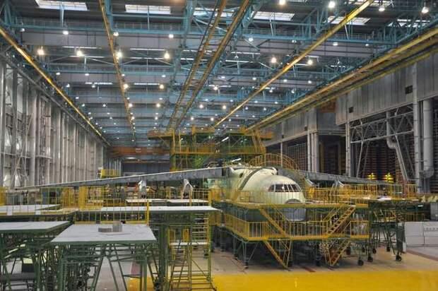 """На """"Авиастаре"""" запустили в производство первый самолет Ил-78М2"""
