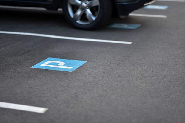 Наземную парковку во дворе дома на Дмитровском не закроют – управа