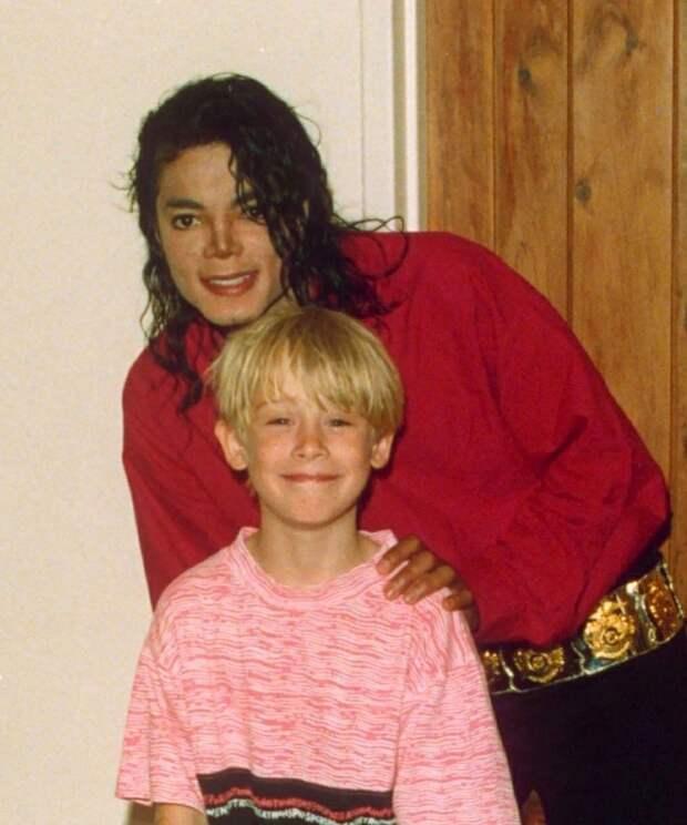 Маколей Калкин раскрыл правду о том, что его связывало с Майклом Джексоном в детстве.